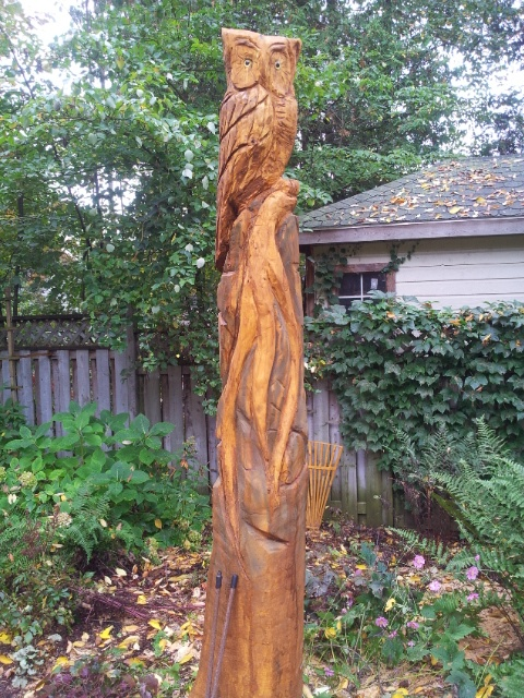 Owls of southampton for Tall tree stump ideas